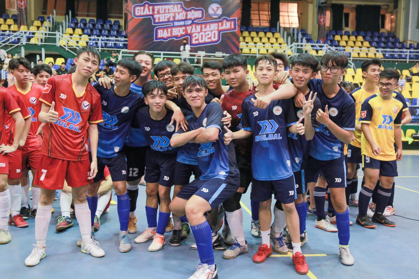 THPT Thanh Đa vô địch Giải Futsal học sinh THPT mở rộng tranh cúp ĐH Văn Lang năm 2020 - Ảnh 5.
