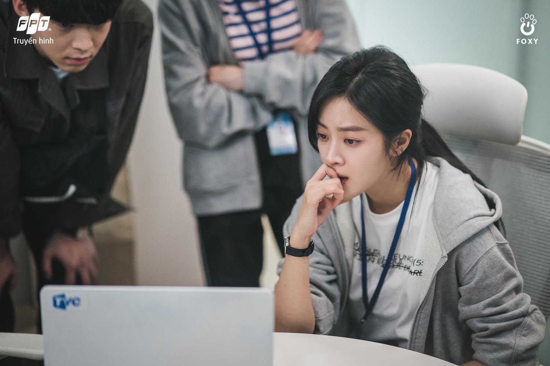 Được nhận định là bộ phim Hàn Quốc đáng xem dịp cuối năm 2020, Bạn Trai Tôi Là Hồ Ly có gì hấp dẫn? - Ảnh 7.