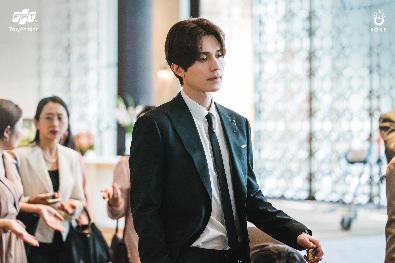 """Lee Dong Wook, """"hồ ly"""" điển trai nhất màn ảnh xứ Hàn - Ảnh 3."""