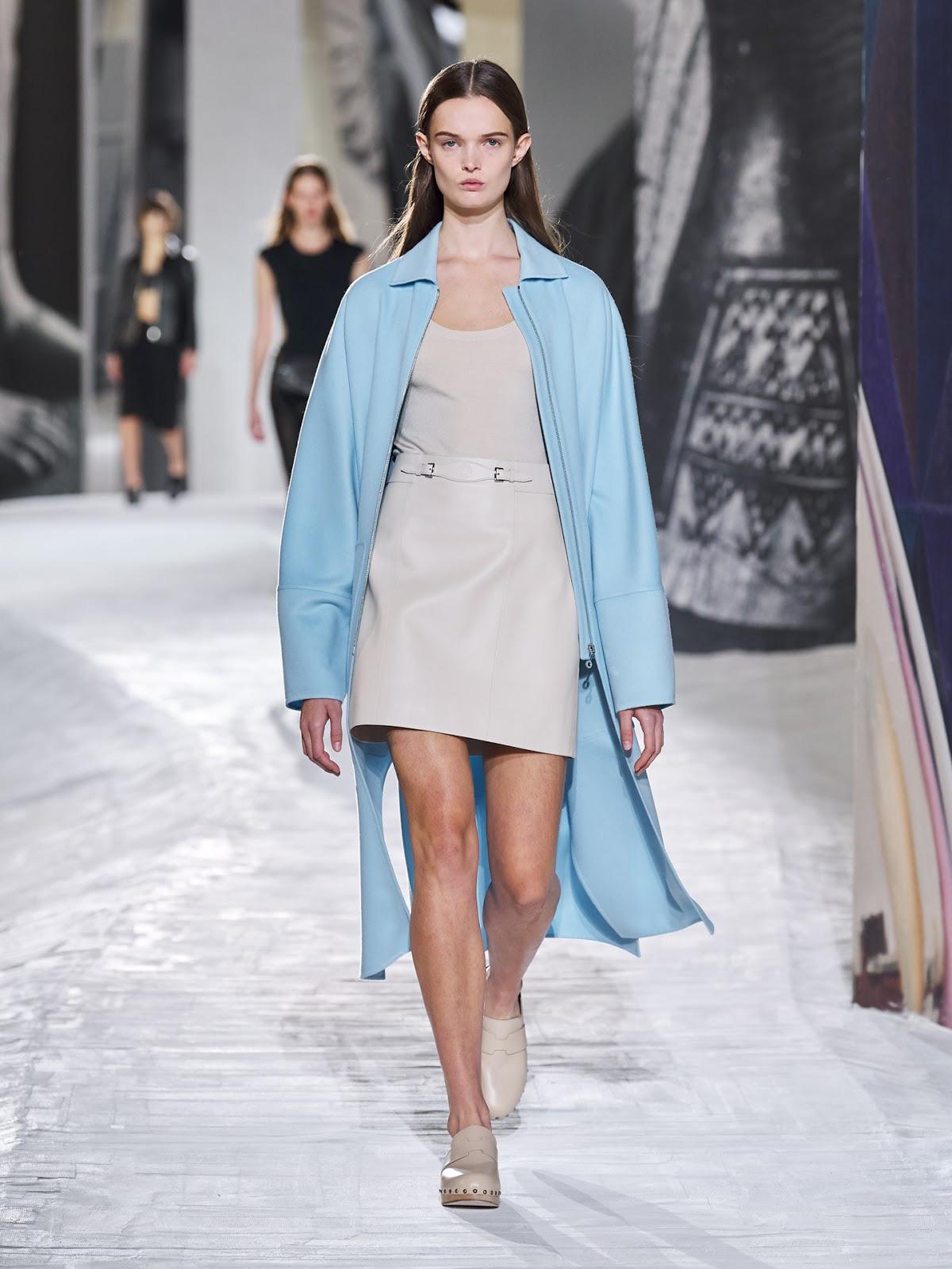 Hermès Xuân - Hè 2021: Bộ sưu tập chắp vá và giấc mơ xa xỉ bình dị của Nadège Vanhee-Cybulski - Ảnh 5.