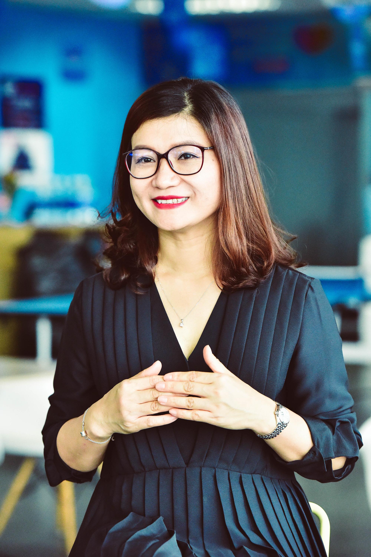 CMO Nguyễn Thị Thúy Hằng: Làm việc ở Lazada sẽ có tư duy như chủ của một start-up - Ảnh 3.