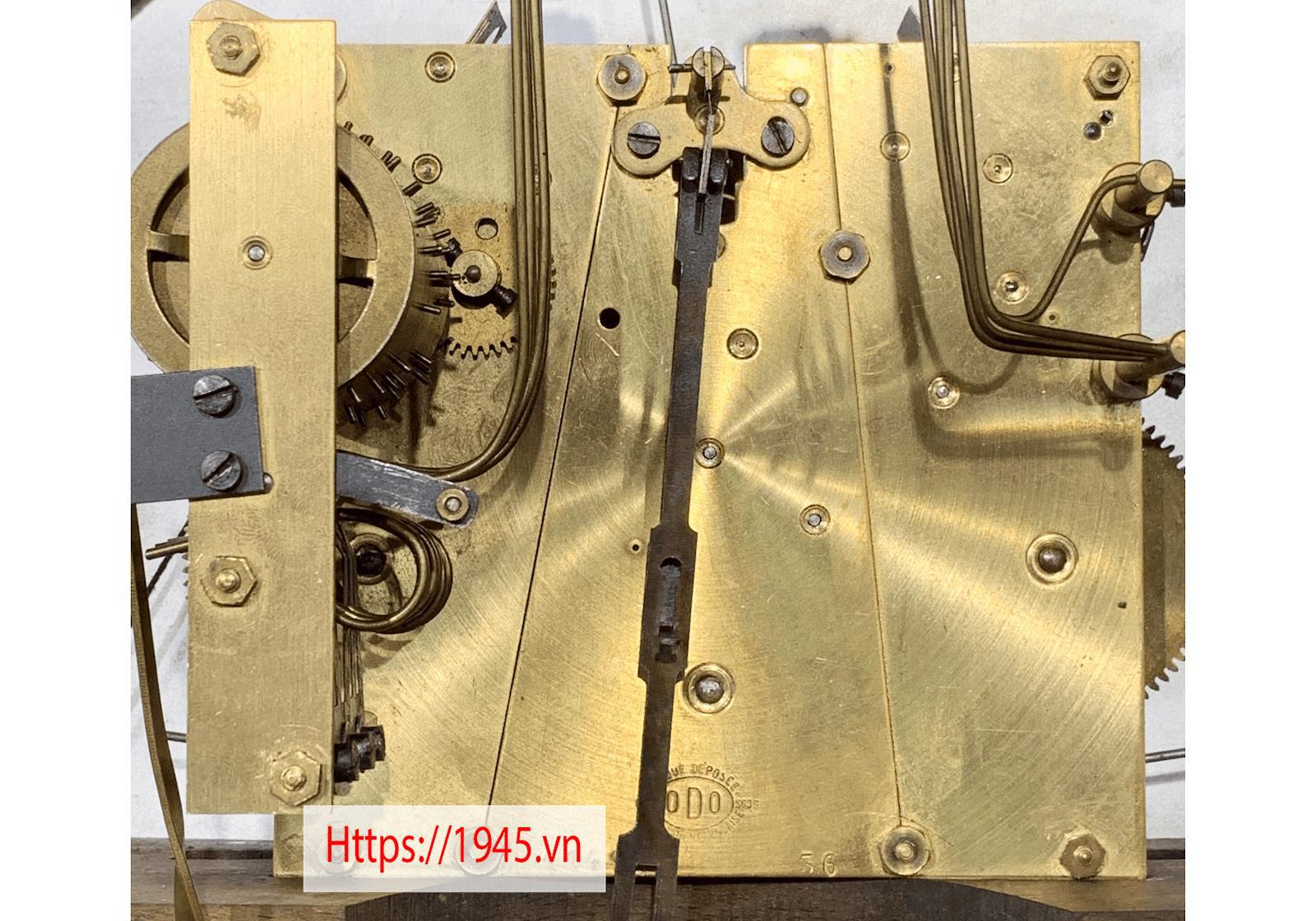 Chiêm ngưỡng bộ sưu tập đồng hồ cổ 1945.vn tại Hà Nội - Ảnh 7.