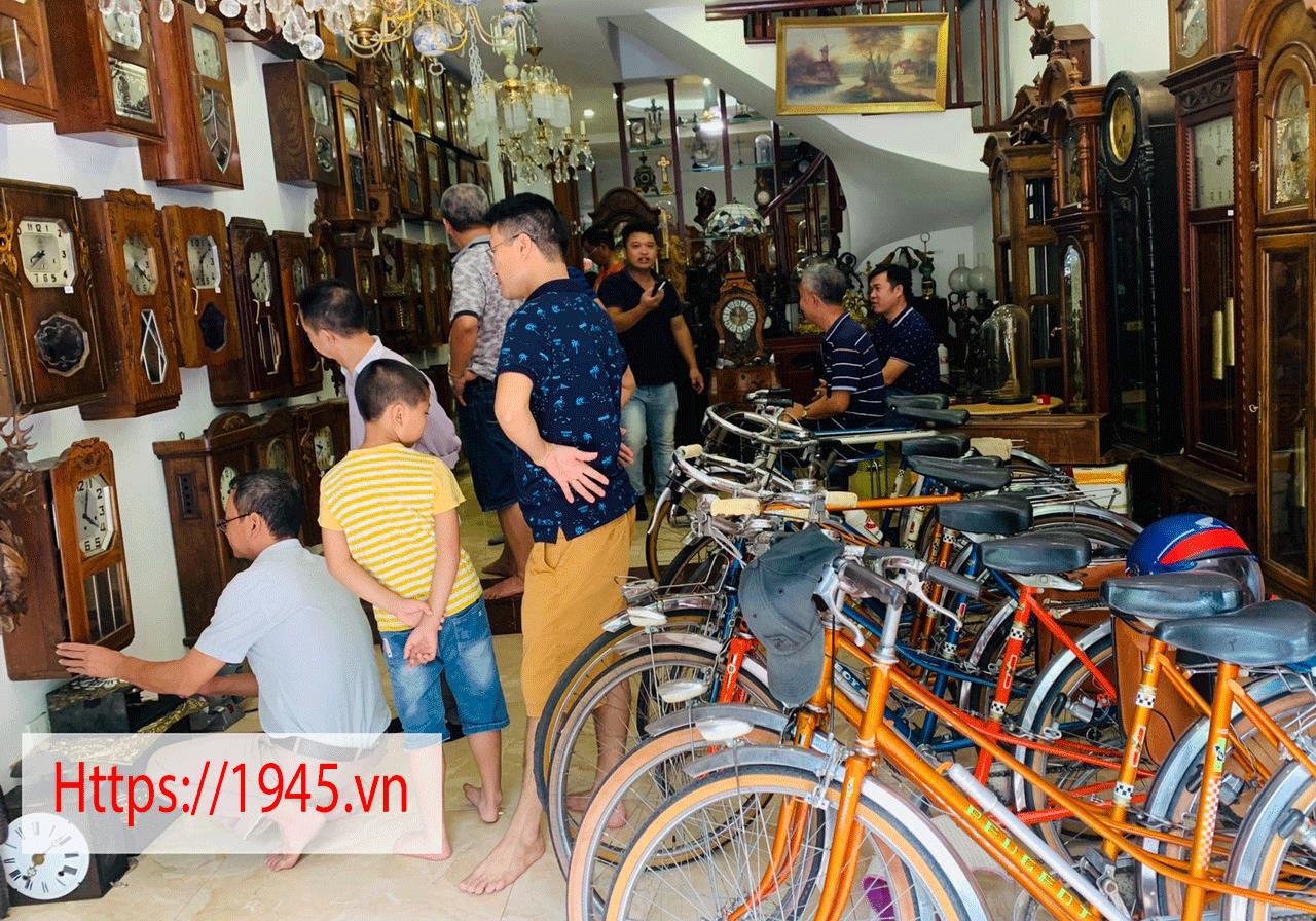 Chiêm ngưỡng bộ sưu tập đồng hồ cổ 1945.vn tại Hà Nội - Ảnh 8.