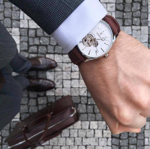Điểm danh 5 mẫu đồng hồ nam lộ cơ đẹp xuất sắc tại Galle Watch - Ảnh 3.