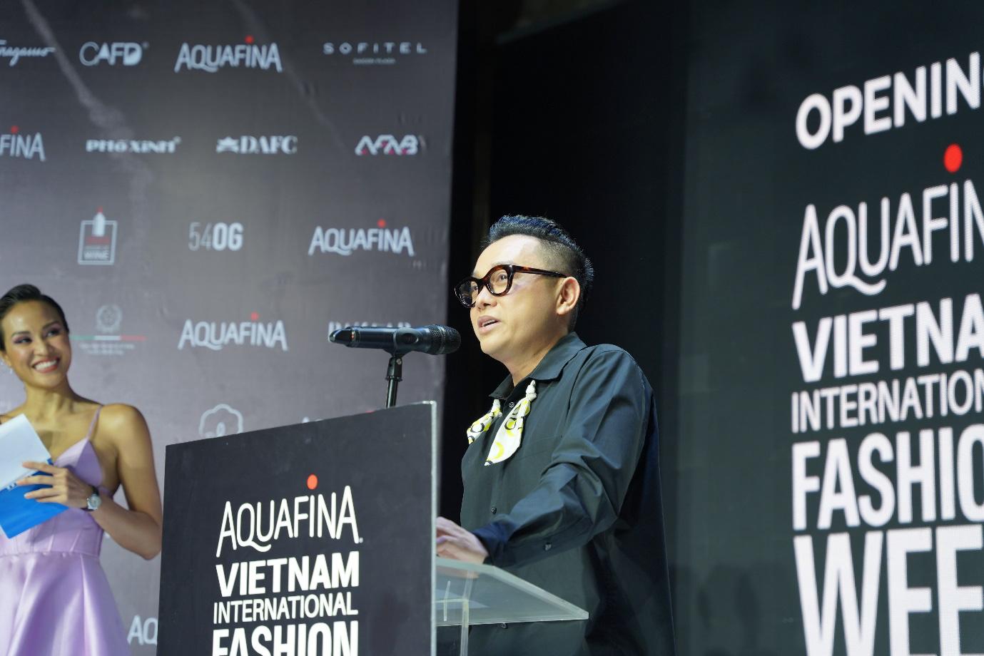 Aquafina Tuần lễ Thời trang Quốc tế Việt Nam 2020: Quy tụ NTK Công Trí, Đỗ Long, Lý Giám Tiền và loạt anh tài giới thời trang Việt - Ảnh 1.