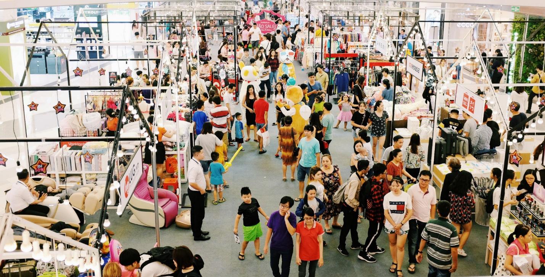 Black Friday - lễ hội sale lớn nhất năm tại Vạn Hạnh Mall - Ảnh 2.