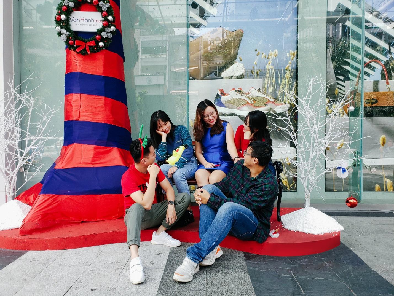 Black Friday - lễ hội sale lớn nhất năm tại Vạn Hạnh Mall - Ảnh 4.