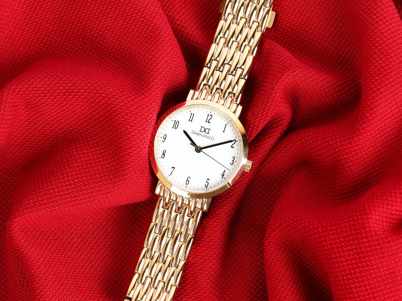 Black Friday: Sự kiện giảm giá lớn nhất năm tại Đăng Quang Watch đến 30% - mua ngay kẻo lỡ - Ảnh 1.
