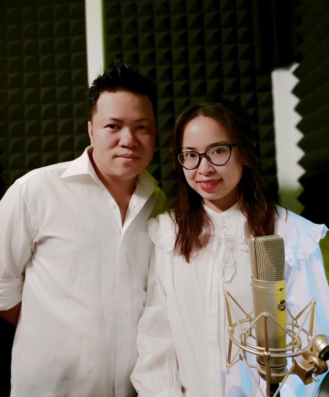 Nhạc sĩ Đinh Khánh Ly tri ân Ngày Nhà giáo Việt Nam qua hai ca khúc mới - Ảnh 3.