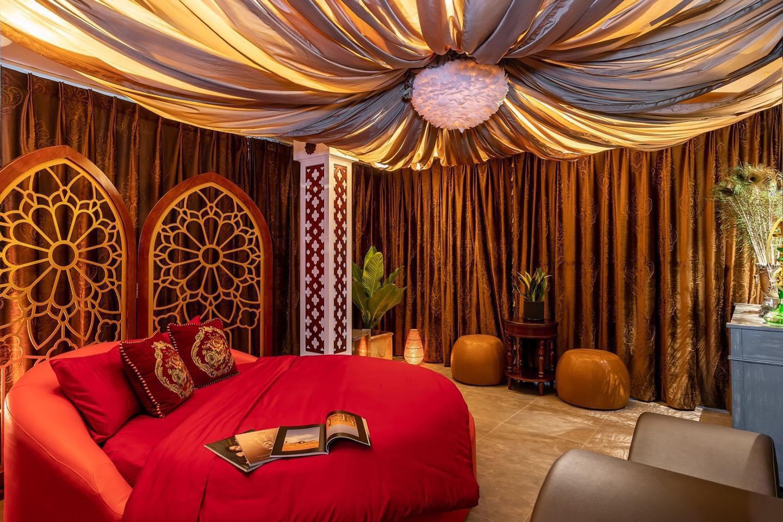 Sau một năm hoạt động, khách sạn tình yêu Jacayl thành công ngoài mong đợi - Ảnh 4.