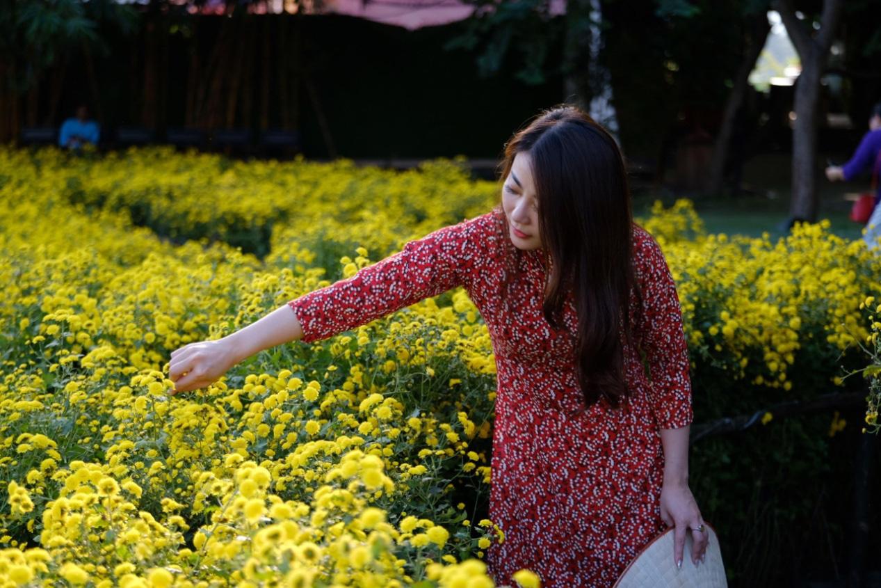 Địa điểm check-in các loài hoa đẹp bậc nhất trên thế giới nằm giữa lòng Hà Nội - Ảnh 4.