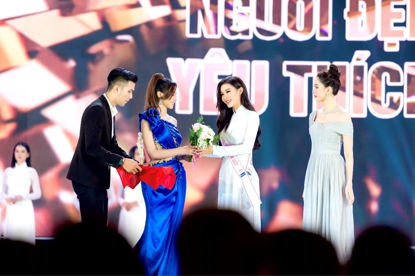 Đậu Hải Minh Anh: Giải thưởng Người đẹp được yêu thích nhất là dấu mốc đời tôi - Ảnh 1.