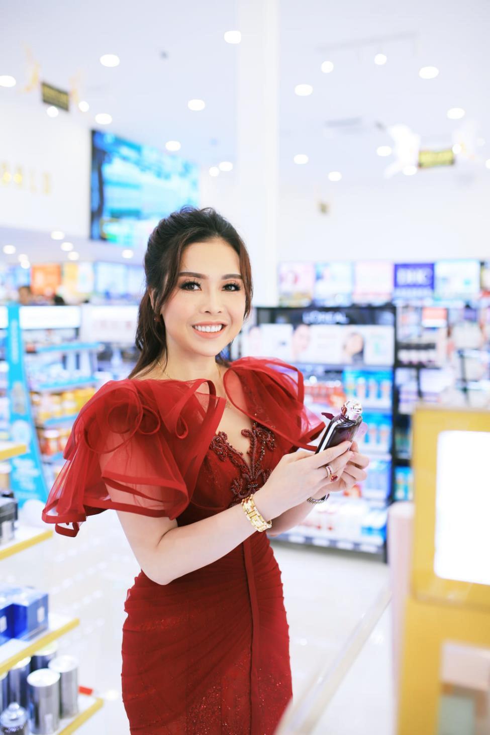 """Mỹ phẩm chính hãng giá chỉ 5k """"cháy hàng"""" tại AB Beauty World – chi nhánh 5 - Ảnh 6."""