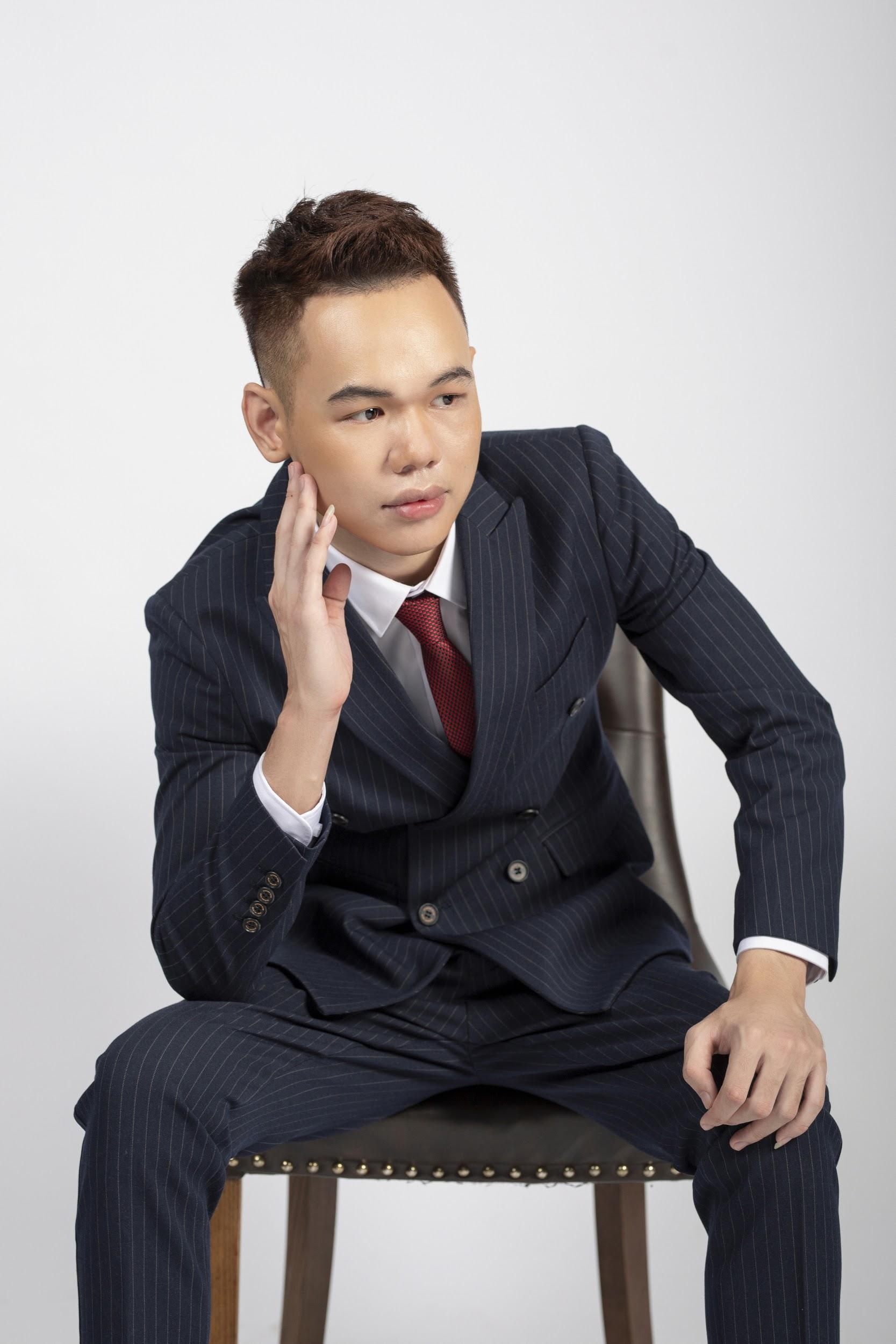 """Chuyện chưa kể về Nguyễn Công Việt Anh - giám đốc eSports HQ Group: Từ tai nạn """"từ chối tử thần"""" đến nghị lực vượt qua mặc cảm - Ảnh 2."""