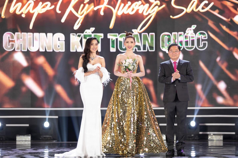 CEO Sìe Dentist trao tặng phần thưởng 600 triệu đồng cho Top 3 Hoa hậu Việt Nam 2020 - Ảnh 4.