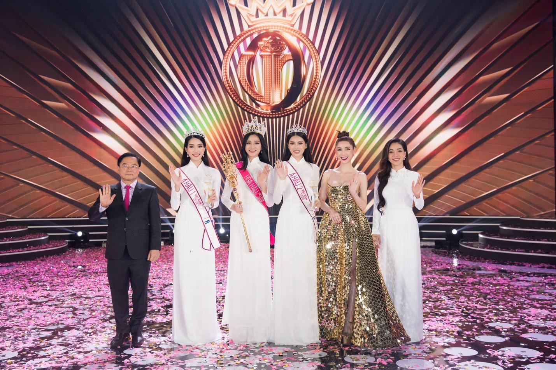 CEO Sìe Dentist trao tặng phần thưởng 600 triệu đồng cho Top 3 Hoa hậu Việt Nam 2020 - Ảnh 7.