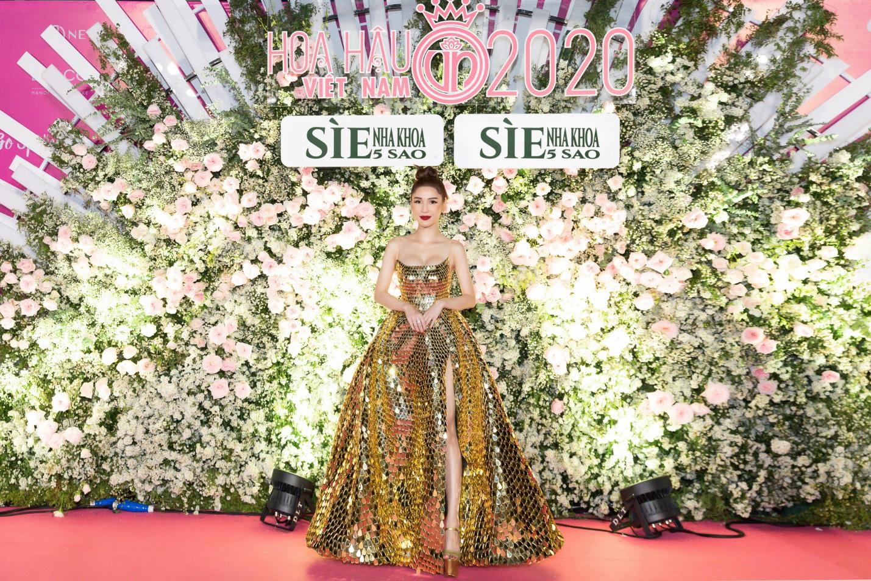 CEO Sìe Dentist trao tặng phần thưởng 600 triệu đồng cho Top 3 Hoa hậu Việt Nam 2020 - Ảnh 9.