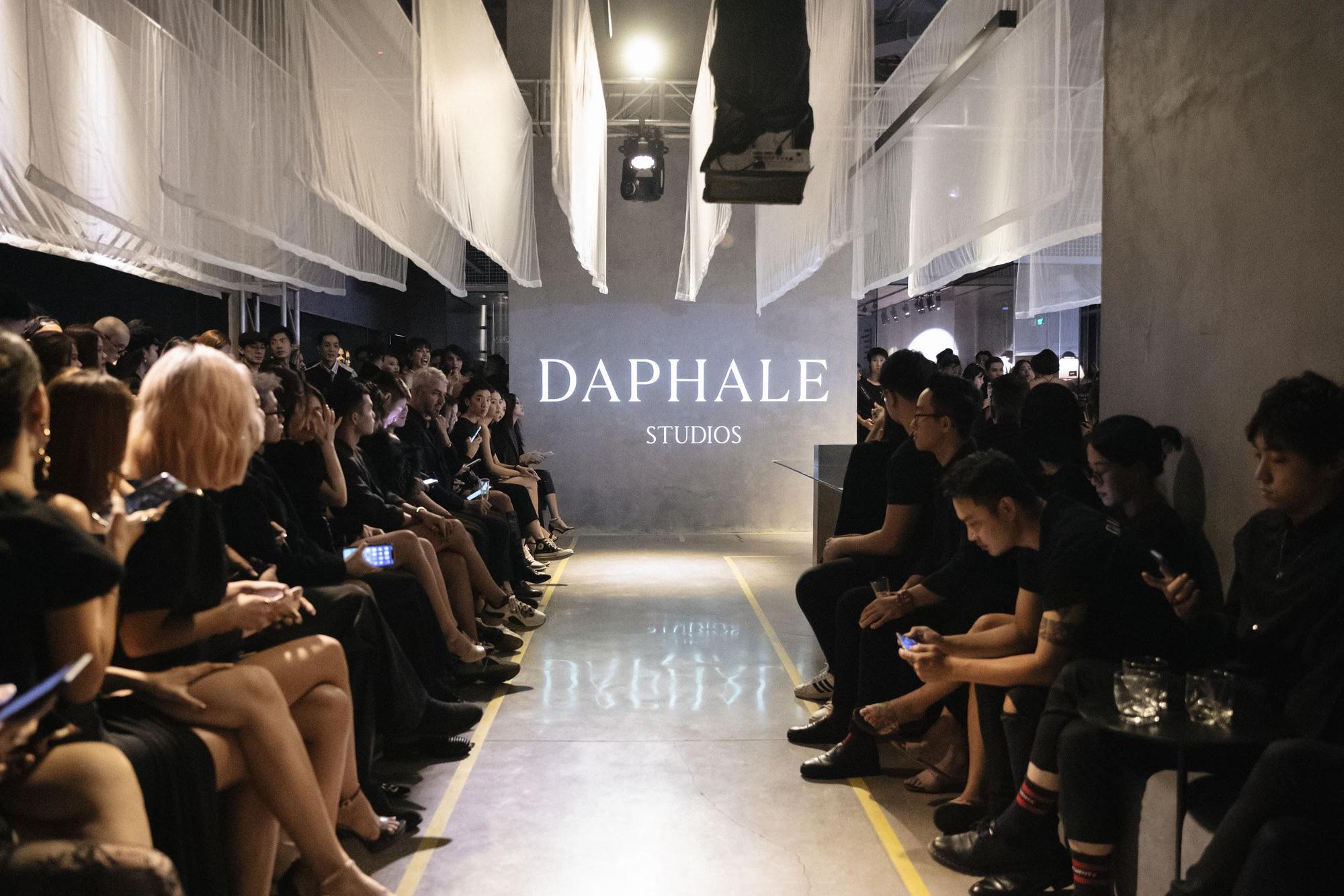 """""""Unfinished"""" của Daphale Studios: Câu chuyện thời trang mang tiếng nói bình đẳng giới - Ảnh 3."""