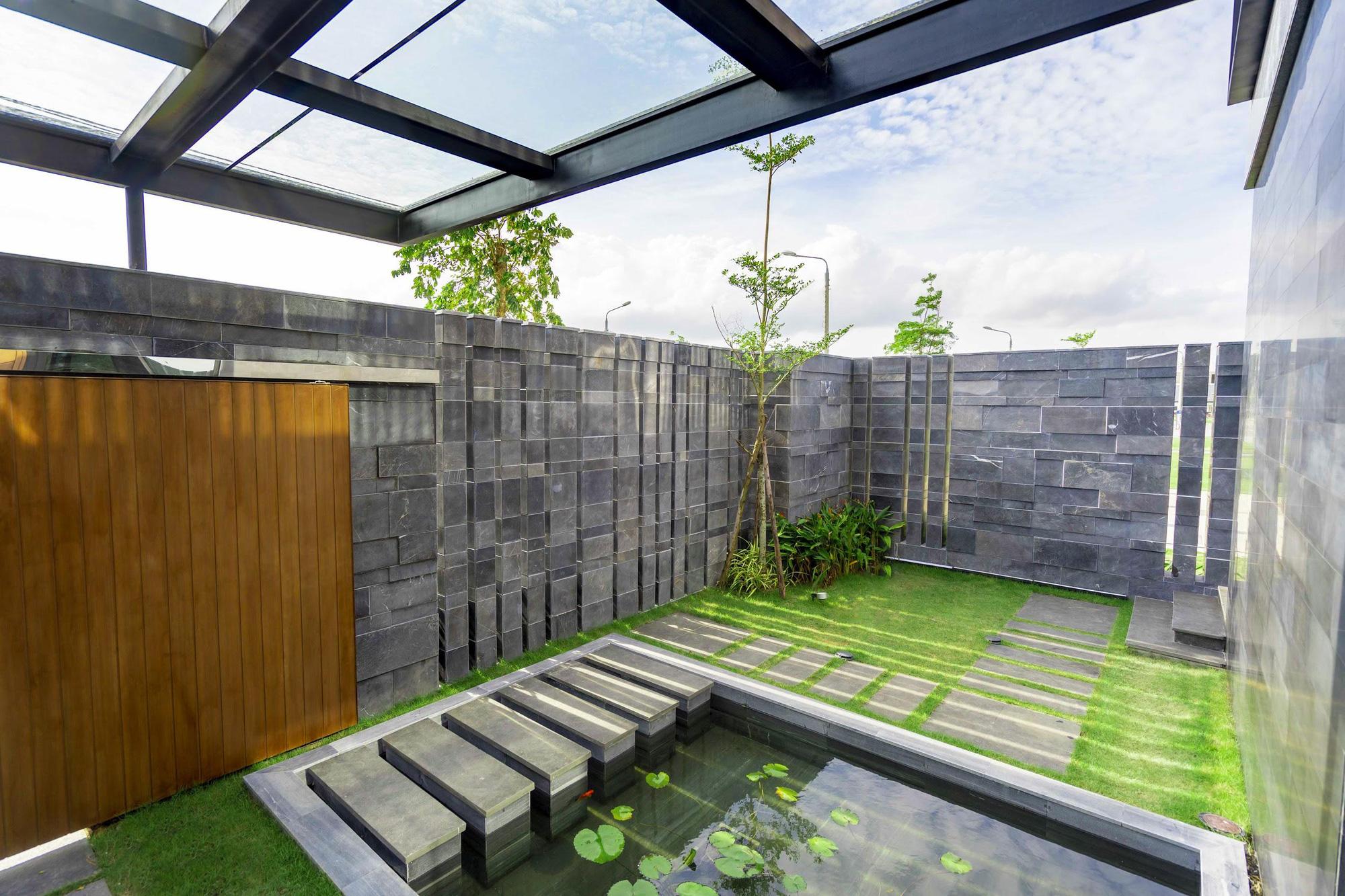 Có gì bên trong căn villa 7 sao xa hoa bậc nhất Việt Nam - Ảnh 3.