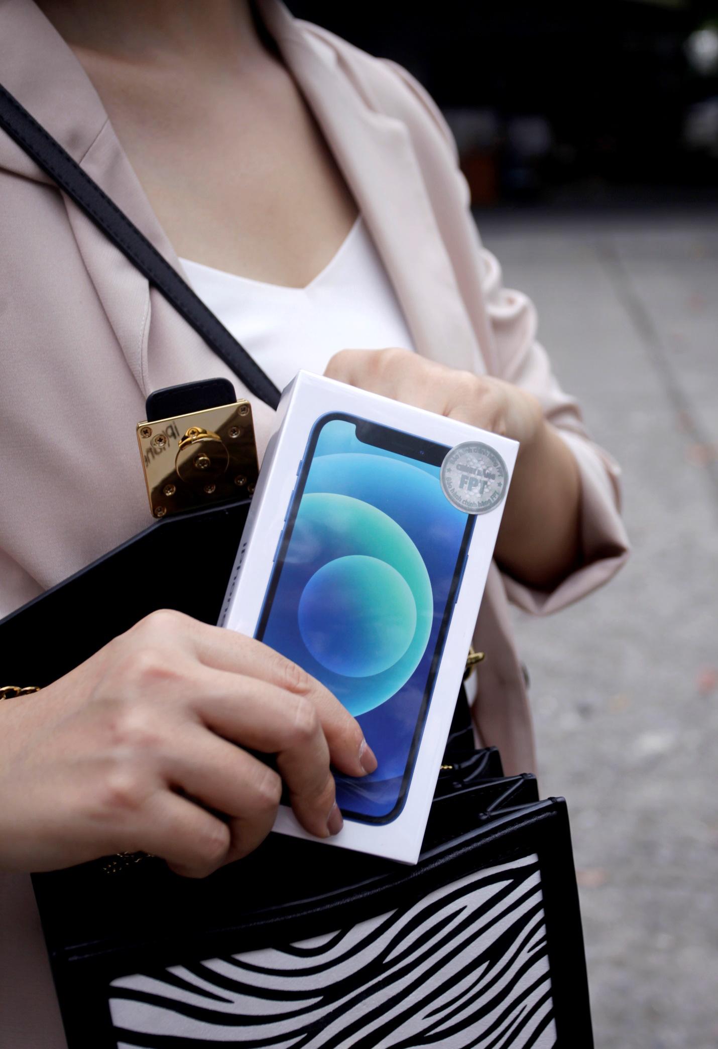 iPhone 12 VN/A tem chính hãng FPT sắp lên kệ tại Việt Nam - Ảnh 6.