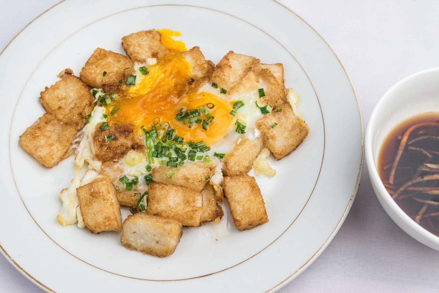 Những món ăn mang đậm dấu ấn Sài Gòn mà bạn nhất định phải thử - Ảnh 1.