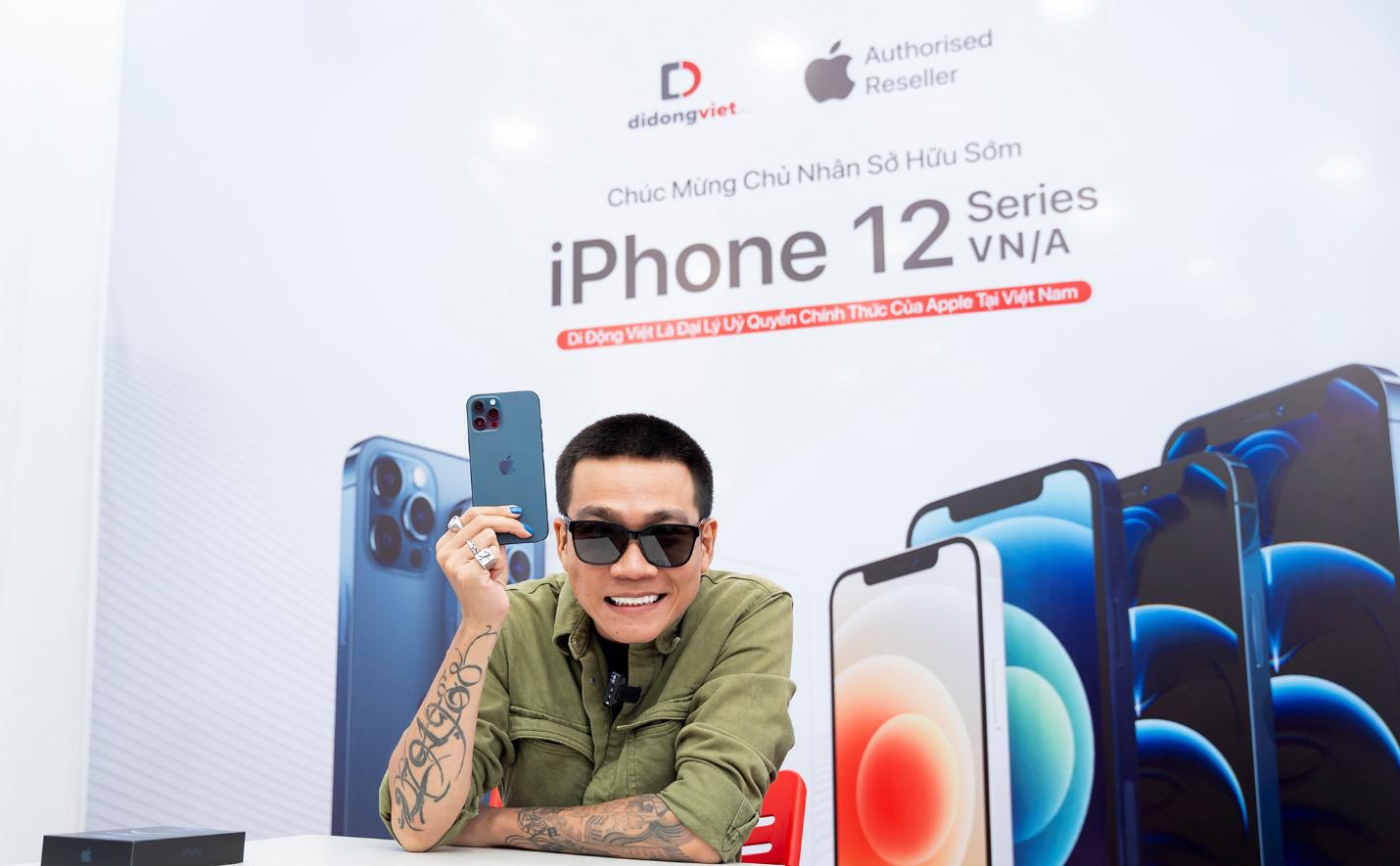 Wowy sở hữu iPhone 12 Pro Max VN/A ngay trong ngày mở bán đầu tiên tại Việt Nam - Ảnh 1.