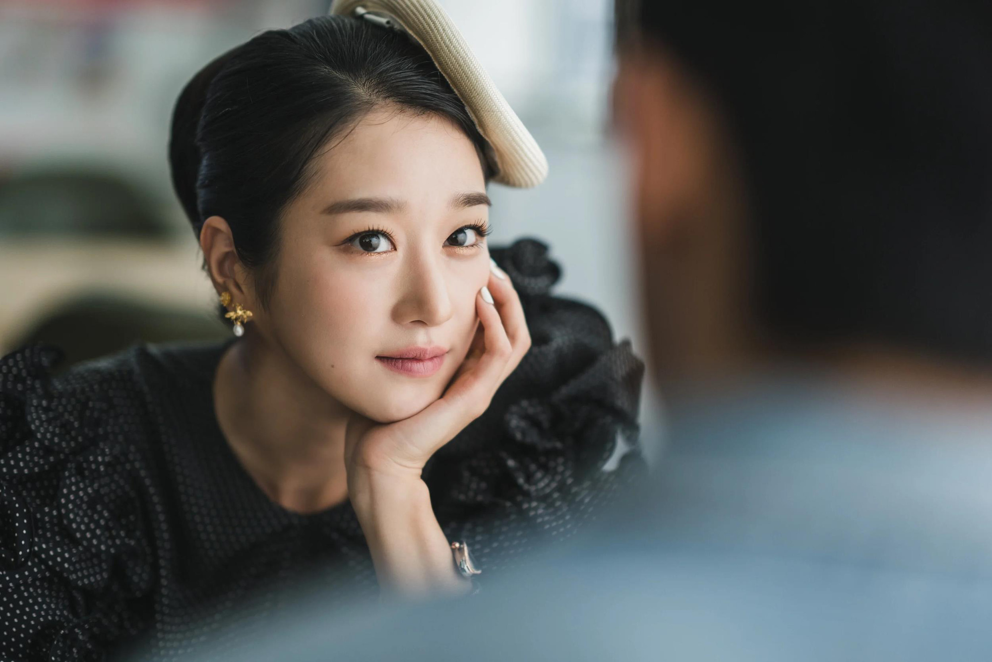"""3 hình tượng nhà văn có """"bệnh tâm thần"""" trên phim truyền hình Hàn Quốc - Ảnh 3."""