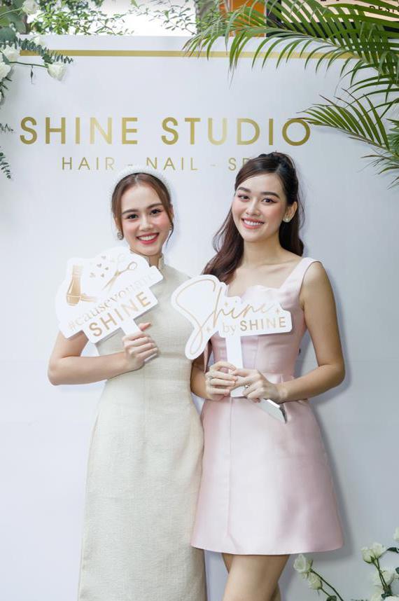 Dàn khách mời nổi tiếng rạng rỡ trong ngày khai trương Shine Studio Sài Gòn - Ảnh 1.