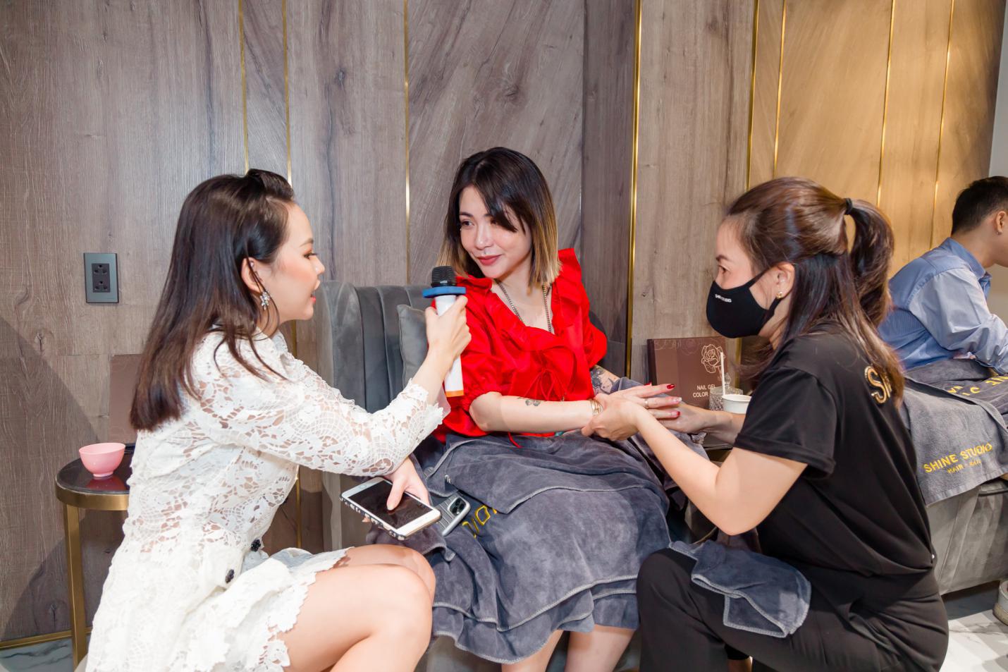 Dàn khách mời nổi tiếng rạng rỡ trong ngày khai trương Shine Studio Sài Gòn - Ảnh 2.