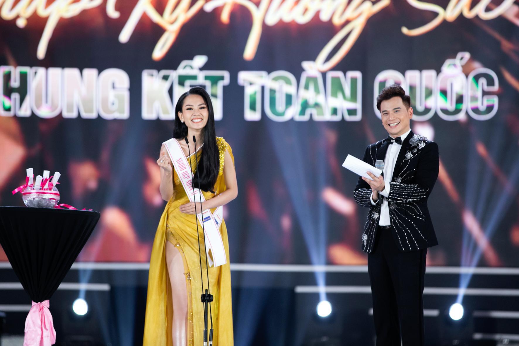 CEO Lê Thị Hồng Nhung cảm động khi đồng hành cùng chuỗi dự án Người Đẹp Nhân Ái - Hoa hậu Việt Nam 2020 - Ảnh 1.