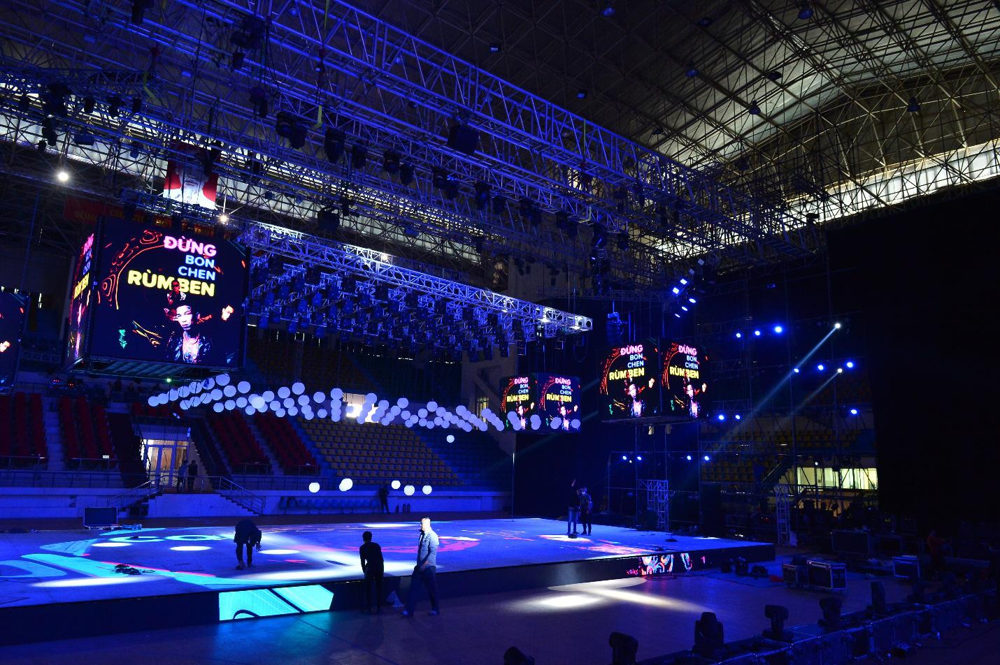Sân khấu Lazada 12.12 Super Show trước giờ G: Đen Vâu, Jack, Dế Choắt... tích cực tập luyện, hứa hẹn một đêm nhạc hội đã tai, đã mắt - Ảnh 8.