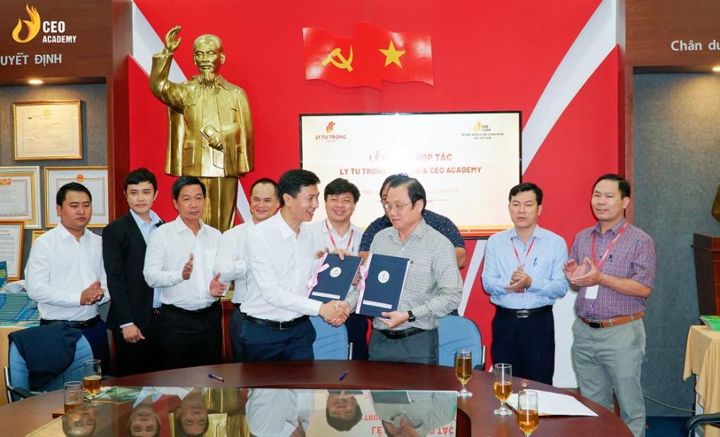 Công ty CP Trường huấn luyện doanh nhân CEO VN chính thức mở cơ sở tại TP.HCM, hiện thực hóa ước mơ CEO cho sinh viên Việt - Ảnh 1.