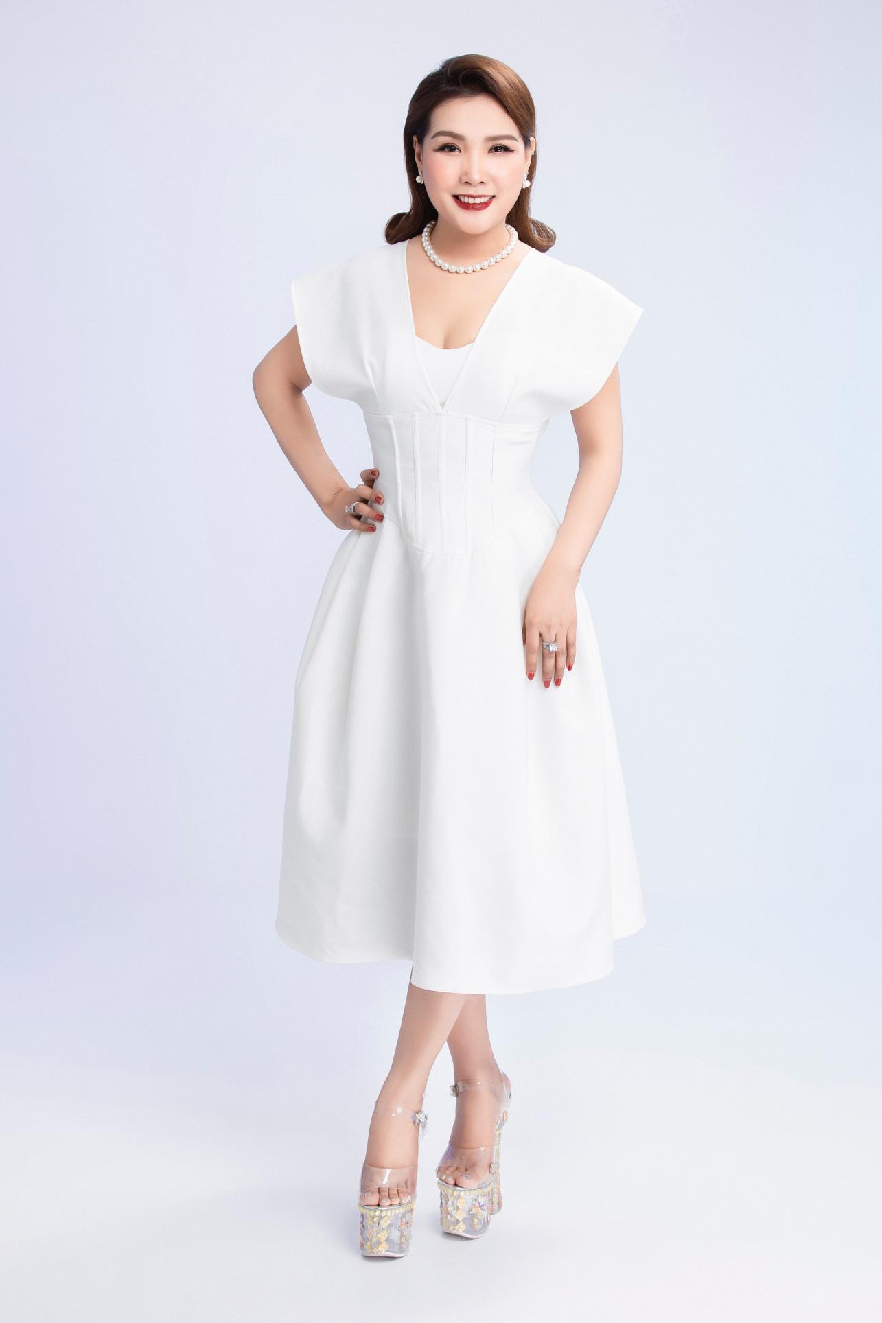 Thạc sĩ, nhà báo Đặng Gia Bena tô đậm thành công Hoa hậu Doanh nhân Việt Nam Toàn cầu 2020 - Ảnh 3.