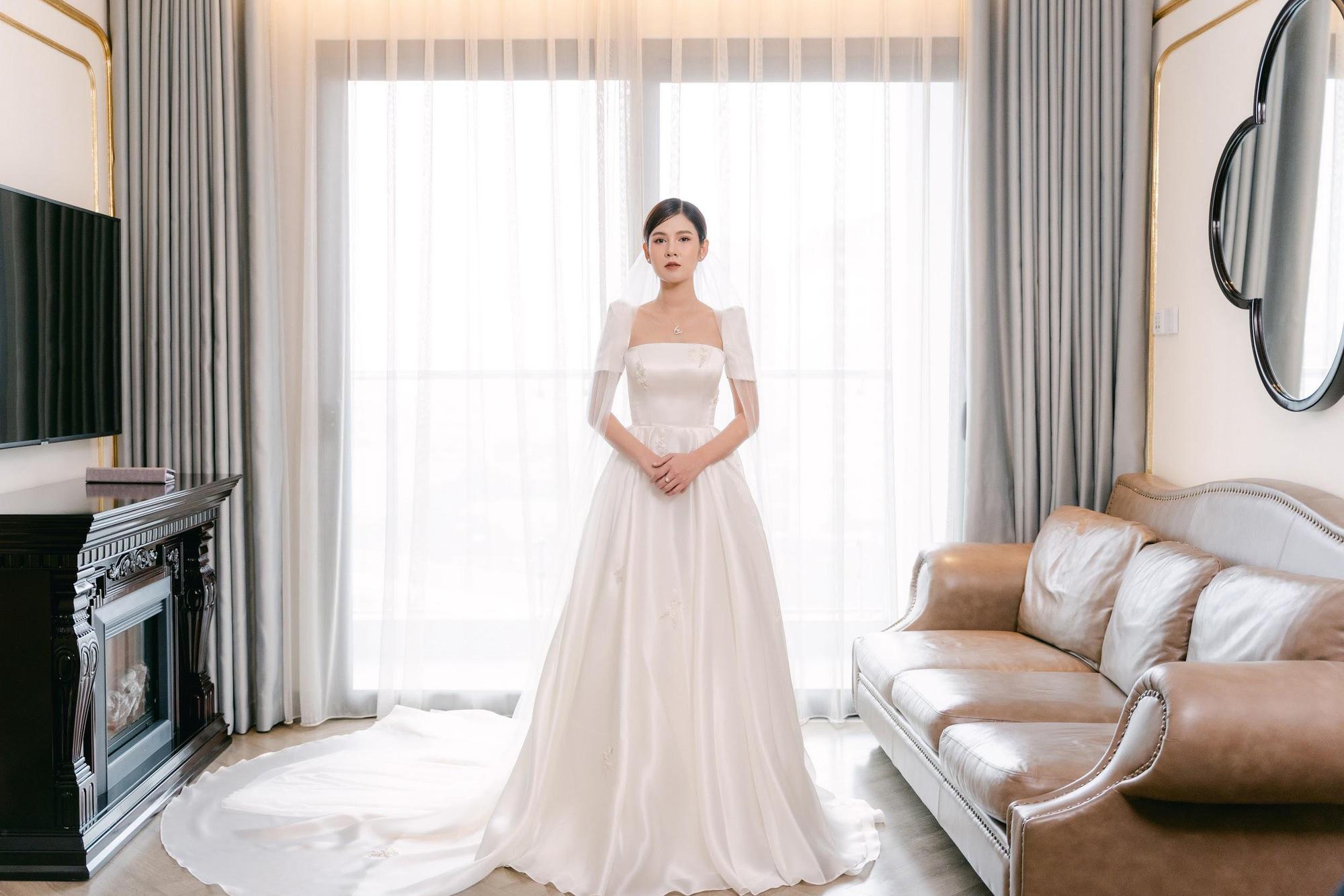 MC - Diễn viên Thu Hoài lung linh trong không gian cưới tại khách sạn dát vàng Dolce Hanoi Golden Lake - Ảnh 4.