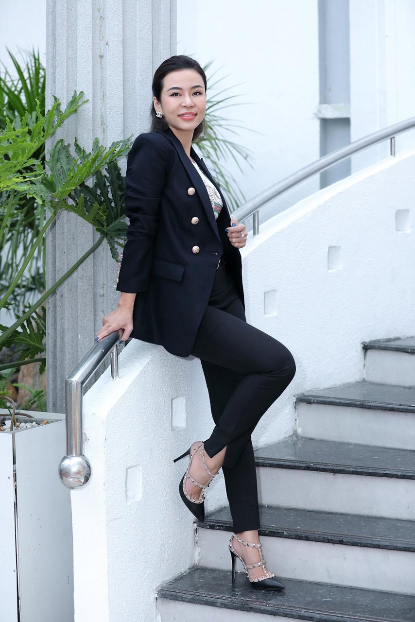CEO Jade Permanent Make-up: Thành công khi bạn dành trọn tâm huyết cho đam mê của mình - Ảnh 1.