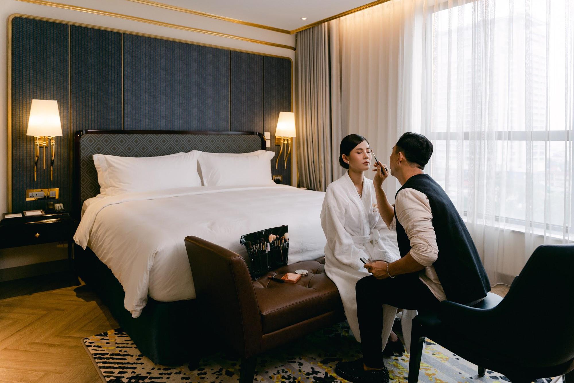 MC - Diễn viên Thu Hoài lung linh trong không gian cưới tại khách sạn dát vàng Dolce Hanoi Golden Lake - Ảnh 3.