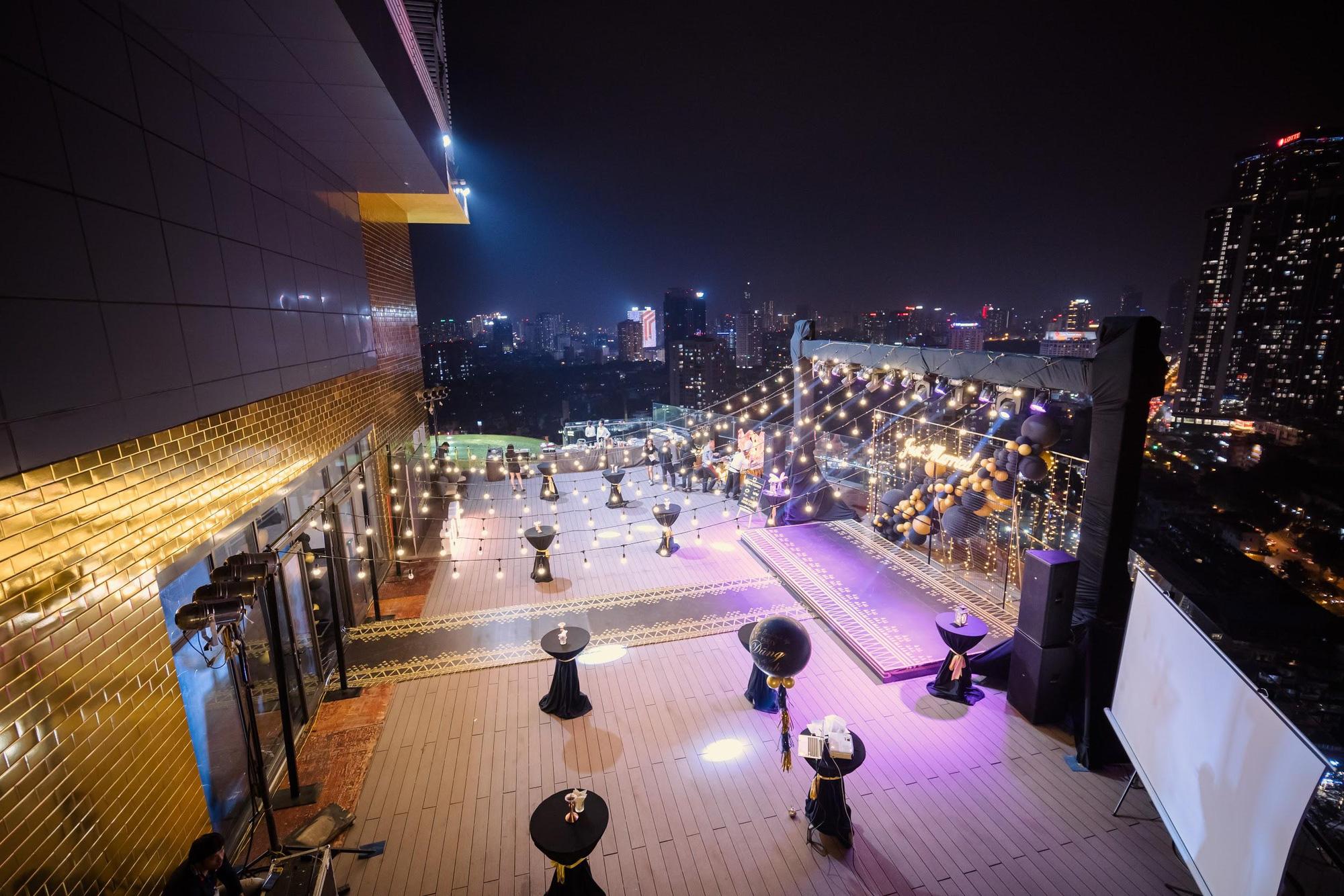 MC - Diễn viên Thu Hoài lung linh trong không gian cưới tại khách sạn dát vàng Dolce Hanoi Golden Lake - Ảnh 9.