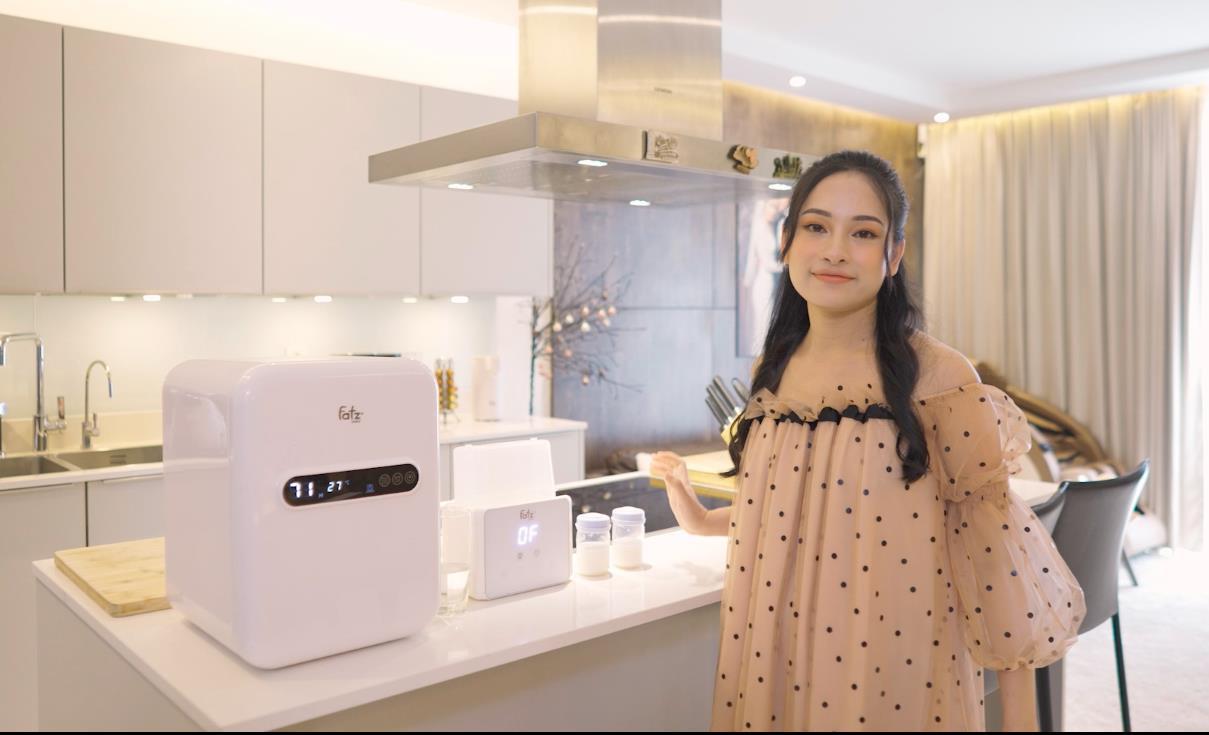 Sara Lưu bật mí mọi dụng cụ chăm sóc con đều là do Dương Khắc Linh sắm sửa - Ảnh 3.