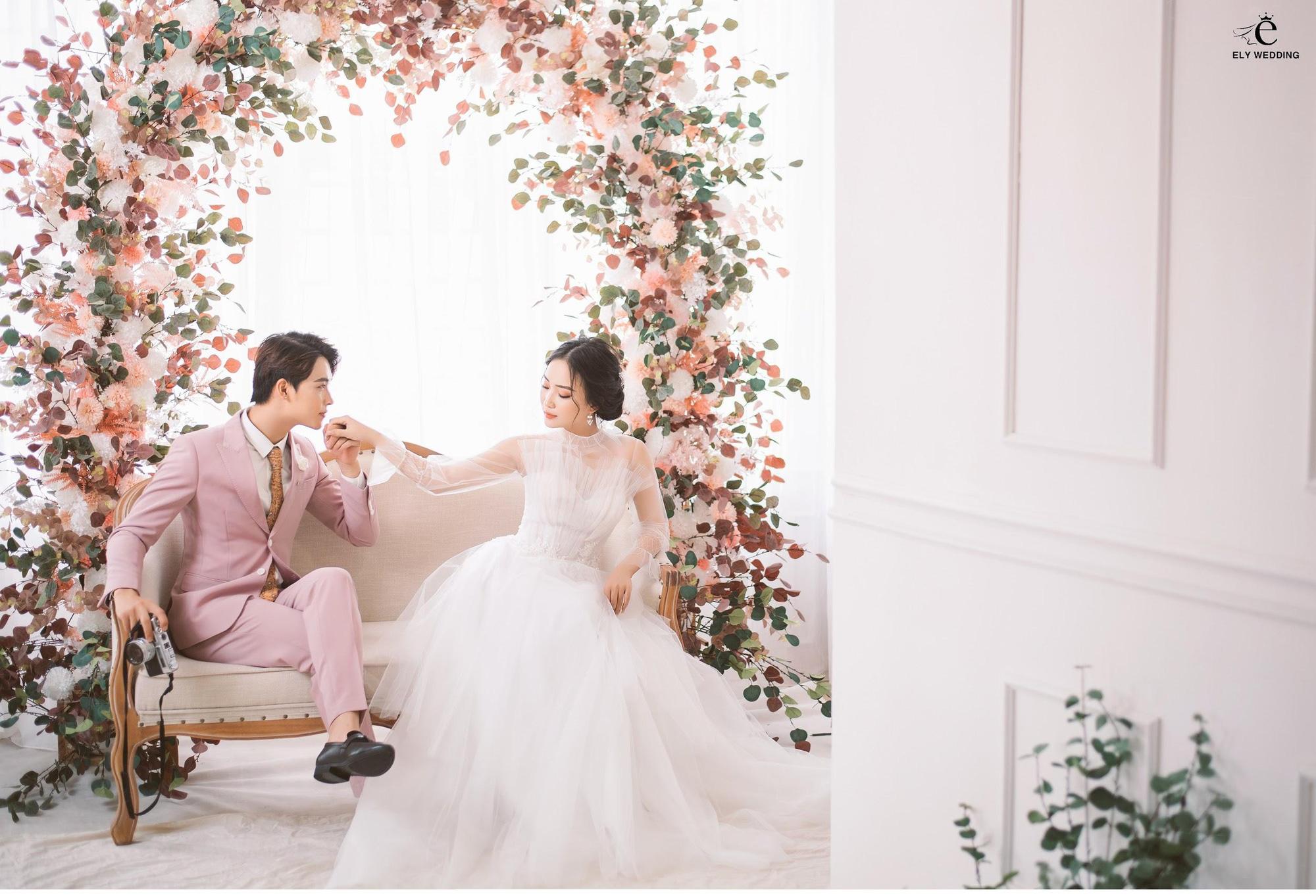 Mách nhỏ 5 địa điểm chụp ảnh cưới hot nhất Hà Nội, cứ đến là có ảnh đẹp! - Ảnh 2.