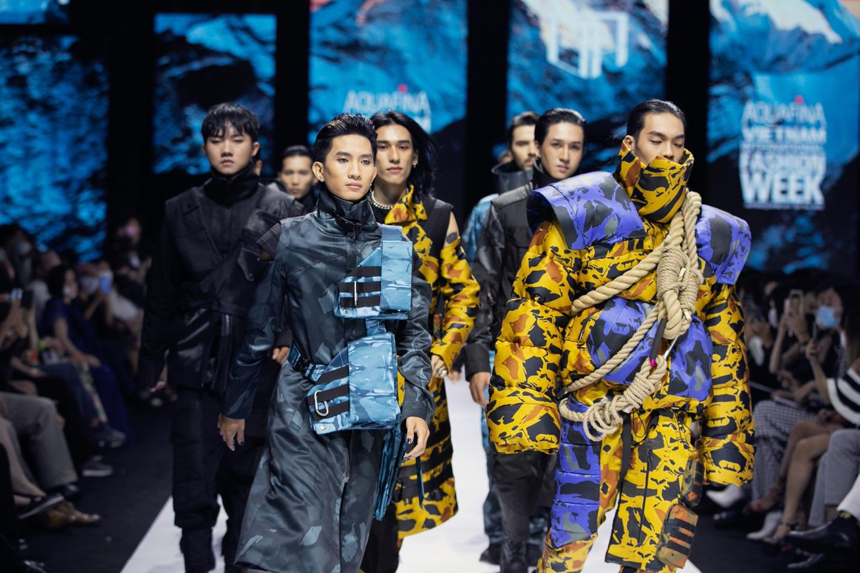 Màn chào sân ấn tượng cả phần nghe lẫn phần nhìn của nhà thiết kế trẻ Duy Hoàng trên sàn diễn Vietnam International Fashion Week - Ảnh 5.