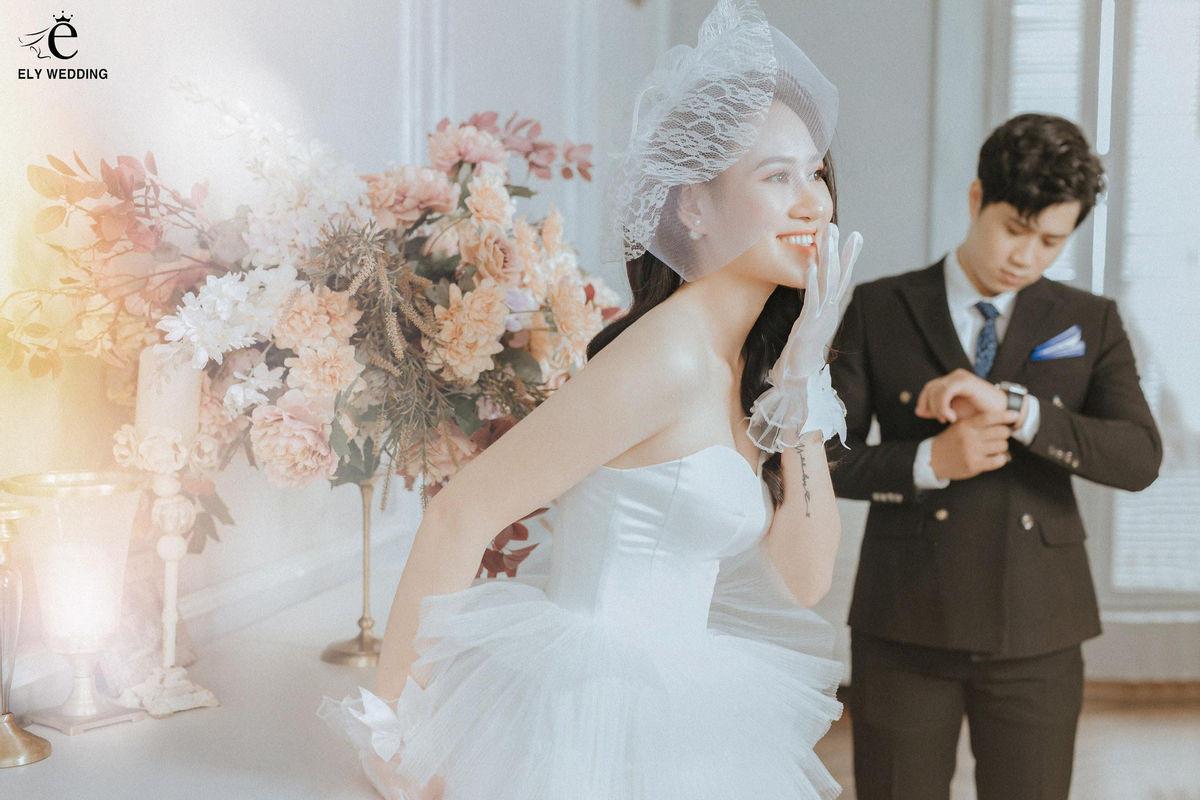Mách nhỏ 5 địa điểm chụp ảnh cưới hot nhất Hà Nội, cứ đến là có ảnh đẹp! - Ảnh 10.