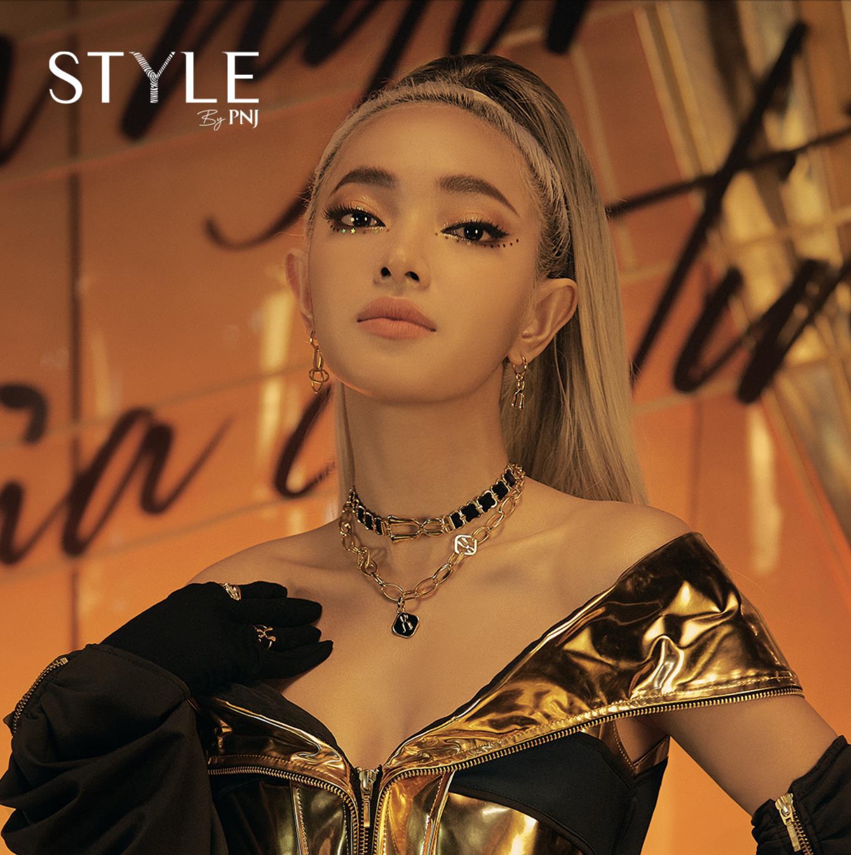 MV đầu tay đã phá đảo Top 2 Trending, Châu Bùi có màn debut hoàn hảo không ngờ - Ảnh 3.