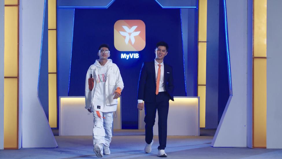 Vừa trở về từ Rap Việt, Lăng LD đã toát mồ hôi trong 1 trận đấu rap Ờ mây dinh, gút chóp! - Ảnh 8.