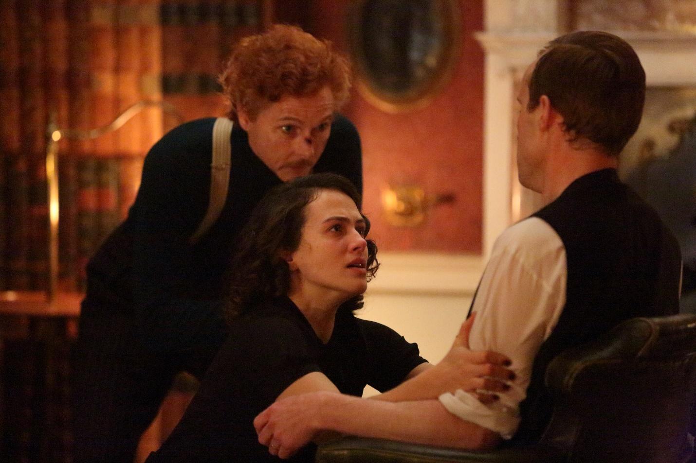 The Conjuring phiên bản Anh Quốc gây ám ảnh với câu chuyện ma nữ thời chiến - Ảnh 6.