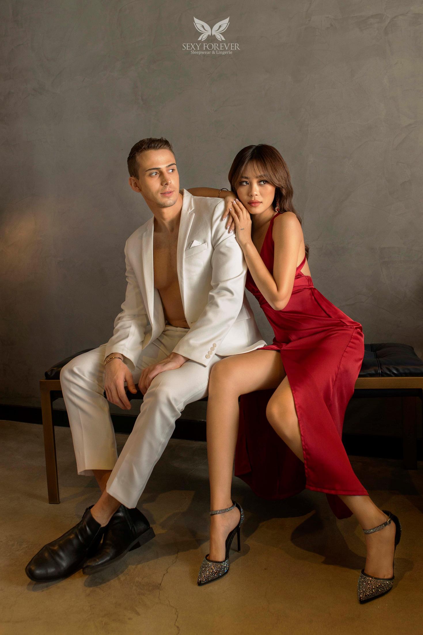 """Mẫu ảnh Kỳ Duyên tình tứ bên chàng Tây """"Người ấy là ai"""" Paulo trong BST đặc biệt """"Made for Love"""" cho dịp Valentine ngọt ngào đến từ Sexy Forever - Ảnh 3."""