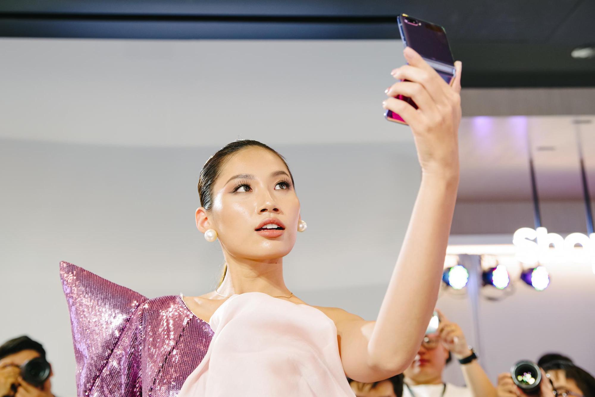 Galaxy Z Flip ra mắt chính thức tại Việt Nam, mở đầu xu hướng thời trang công nghệ mới - Ảnh 5.