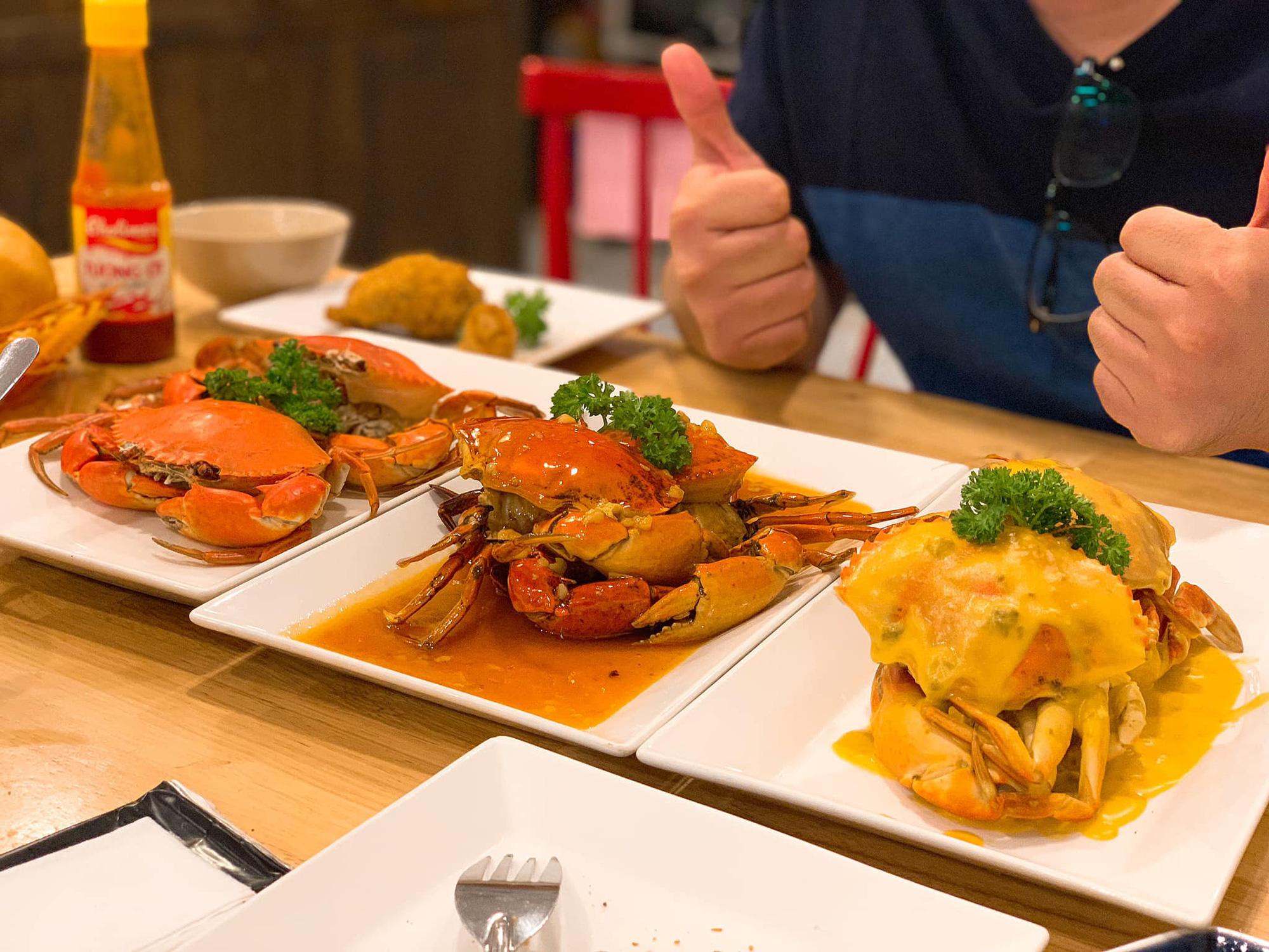 Buffet cua có gì đặc biệt mà thực khách Sài Gòn tấp nập check-in - Ảnh 8.