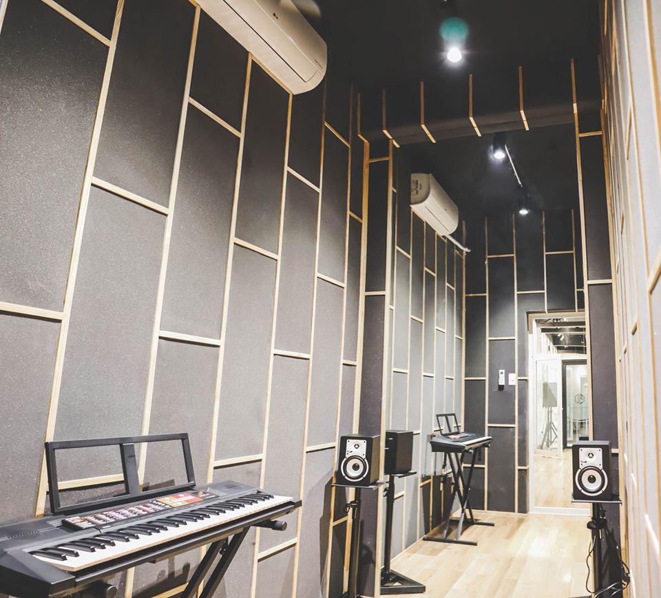 Producer của JYJ, Bi Rain, AB6IX tuyển thực tập sinh tại Việt Nam - Ảnh 3.