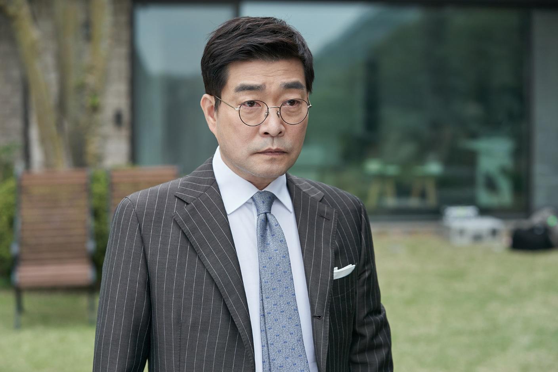 """Công lý: Siêu phẩm """"Chạy án"""" phiên bản Hàn Quốc - Ảnh 4."""