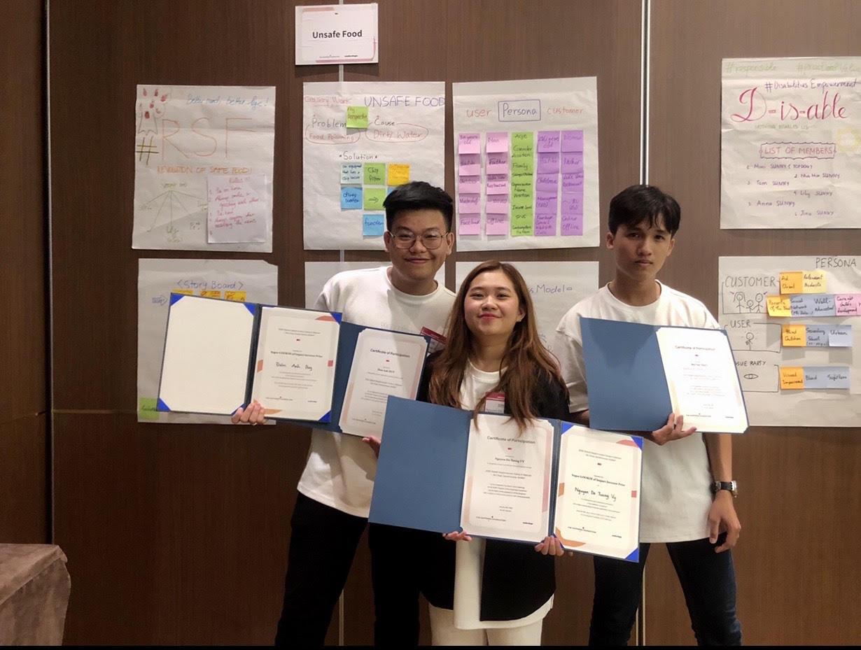Xây dựng app đọc sách cho người mù, sinh viên HSU thắng giải tại Global Happinnovator - Ảnh 1.